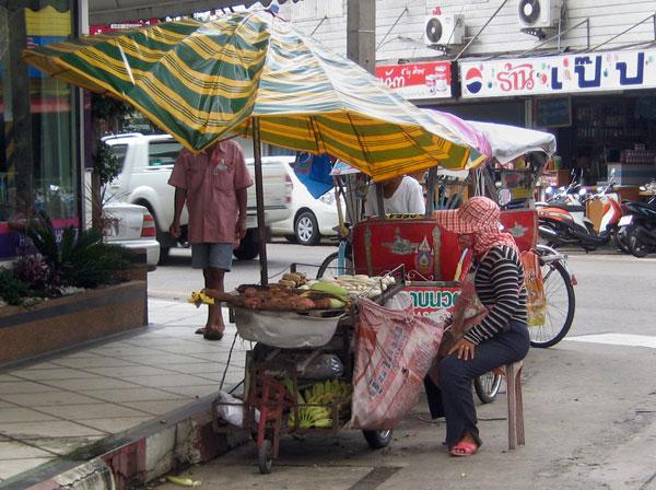 Thailand. Garküche an der Straße