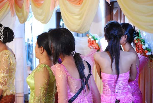 Sianoukville - Feste feiern wie sie fallen