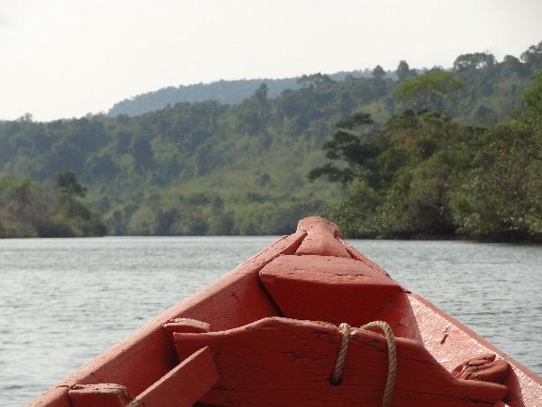 Boot auf dem Tatai Fluss